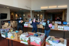 KV Connect and the Mid-Maine Chamber Delivered over 500 books to Educare